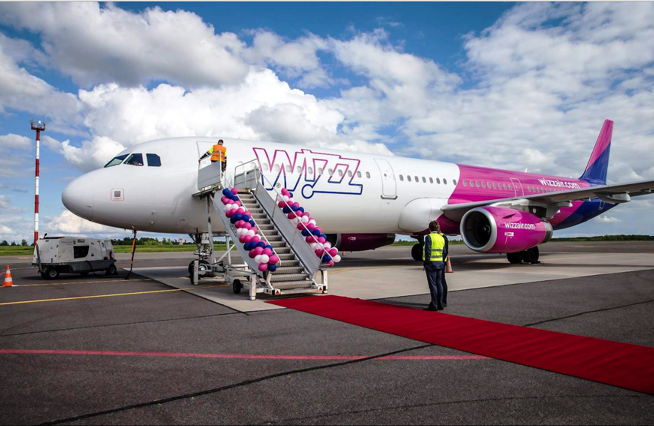 wizzair s tuzla vaxjo flight first of five new route